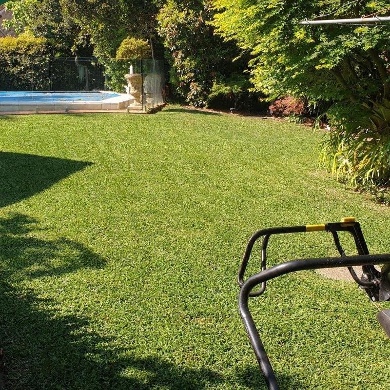 lawn mowing landscaping landscaper services castle hill sydney